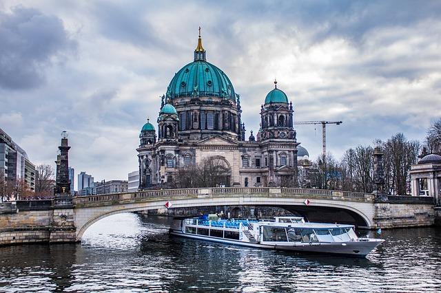 tura brodicem berlin